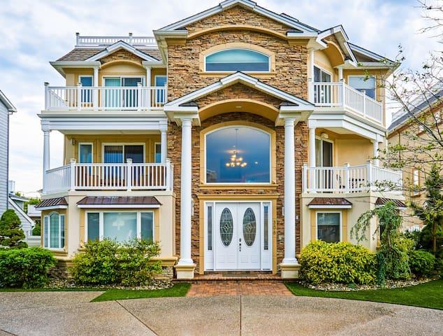 Seaside Beach Mansion