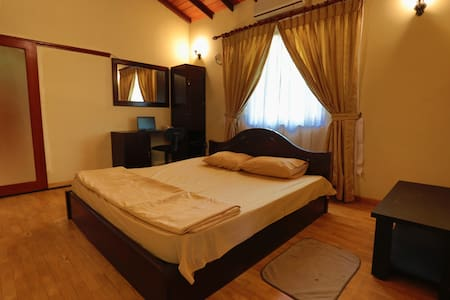 Relax and peaceful place - Ja-Ela - Bed & Breakfast
