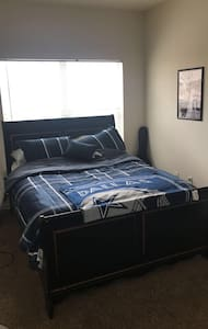 Spacious Fully Furnished Bedroom,Private bathroom, - Mesquite - Apartamento