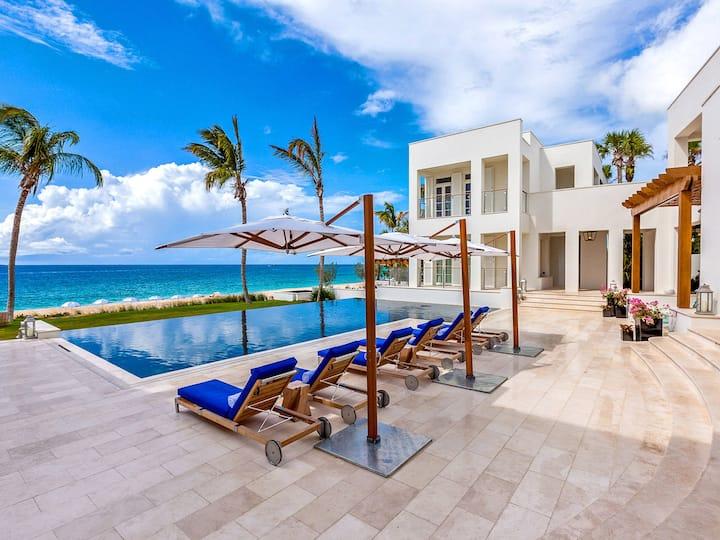 Cerulean Villa and Private Spa