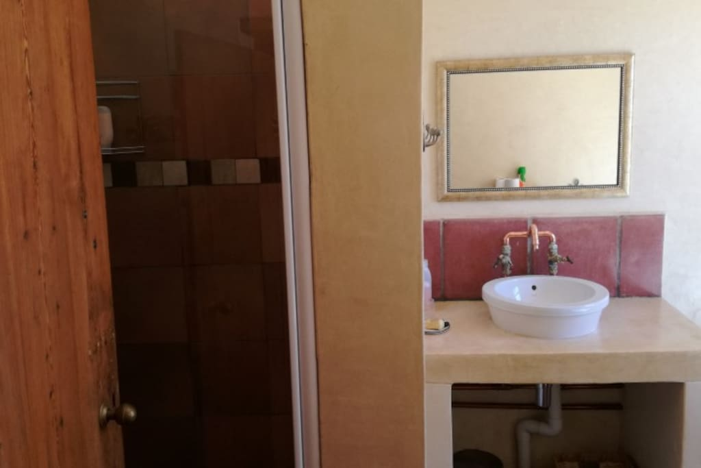 Room#2 Bathroom