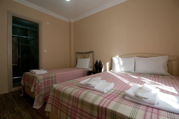 AĞVA'DA JAKUZİLİ ŞÖMİNELİ EŞYALI KİRALIK EV - Şile - Apartamento