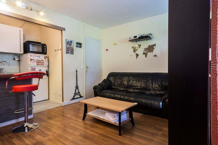 Studio 34m2près de Versailles avec terrasse