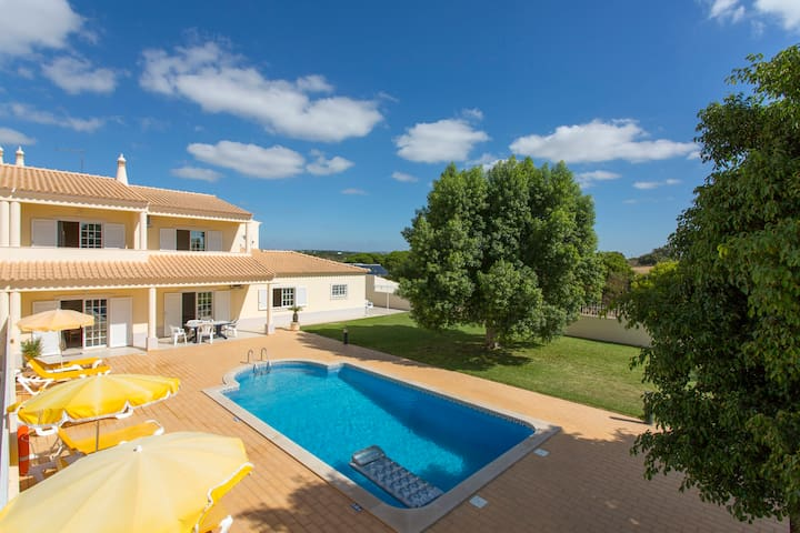 Airbnb Albufeira Vacation Rentals Places To Stay