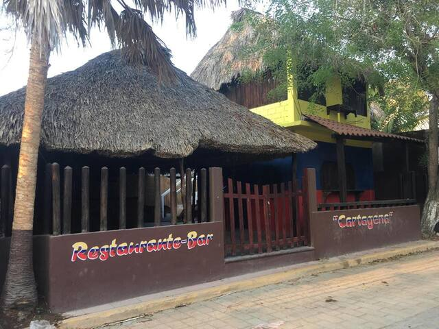 rústicaL cabaña at best surf beach - San Pedro Pochutla - Cabin
