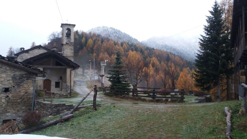 Casa vacanze a Borgata Colletto (Macra) - 1400 slm