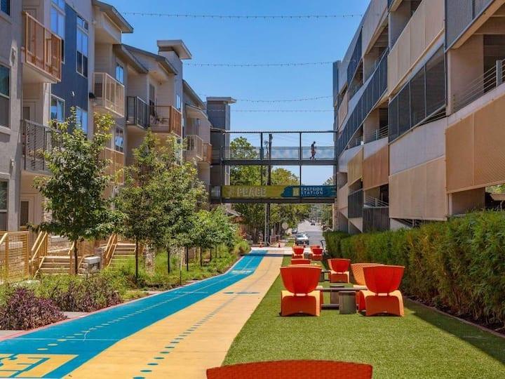 East Downtown Space w/ parking & 90 Walk Score