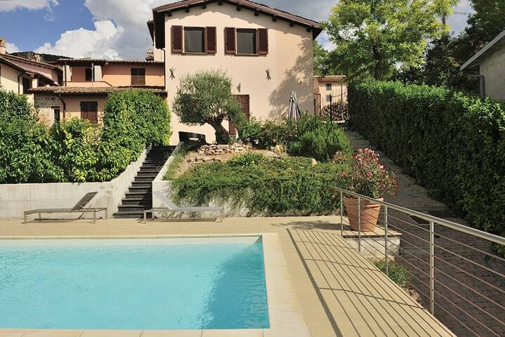 Villa with 2 bedrooms in Costa - Nocera Umbra - Perugia, with private pool, furnished terrace and WiFi - 20 km from the slopes