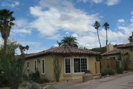 Casita Da Horus - Cathedral City