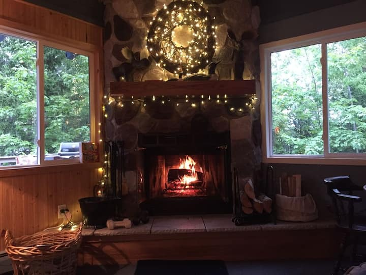 Cliffs Ridge–Marquette's Premier Vacation Rental