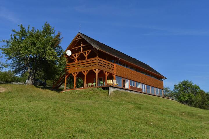 Magura dintre Munti - Măgura - Rumah