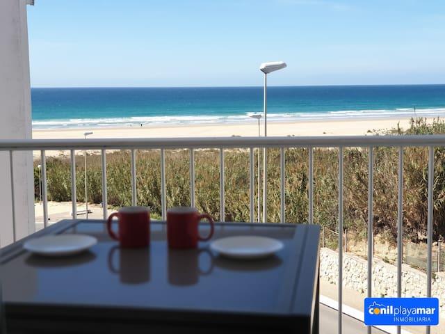 Preciosas vistas junto a la playa
