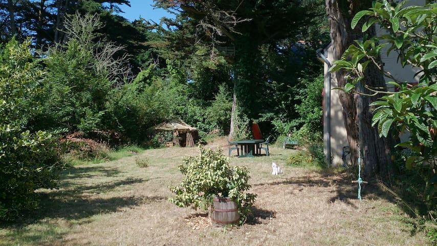 Petite maison avec jardin - Saint-Gildas-de-Rhuys