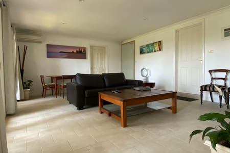 Clontarf Oasis - Beach Retreat near Manly