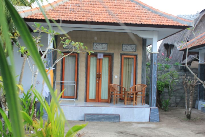NIDA HOME STAY LEMBONGAN