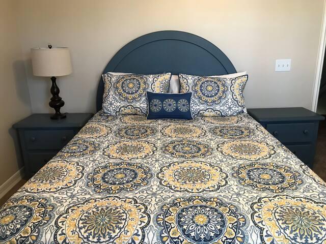 Cozy room & private bath near Lake Mission Viejo