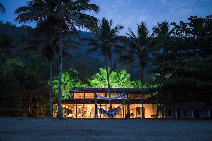 Maravilhosa casa de praia na Ilha Grande