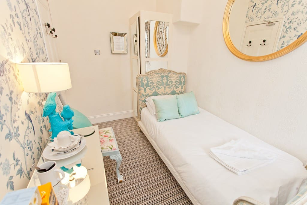 Elegant, Boutique Single Budget Room in Jesmond - Boutique ...