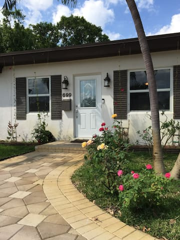 Room in Fort-Lauderdale - Oakland Park