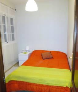 Private double bed room in Los Abrigos - Los Abrigos