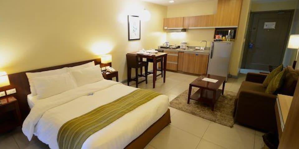 Azalea residences. Superior Room. 2adu+2KIDS/3adul