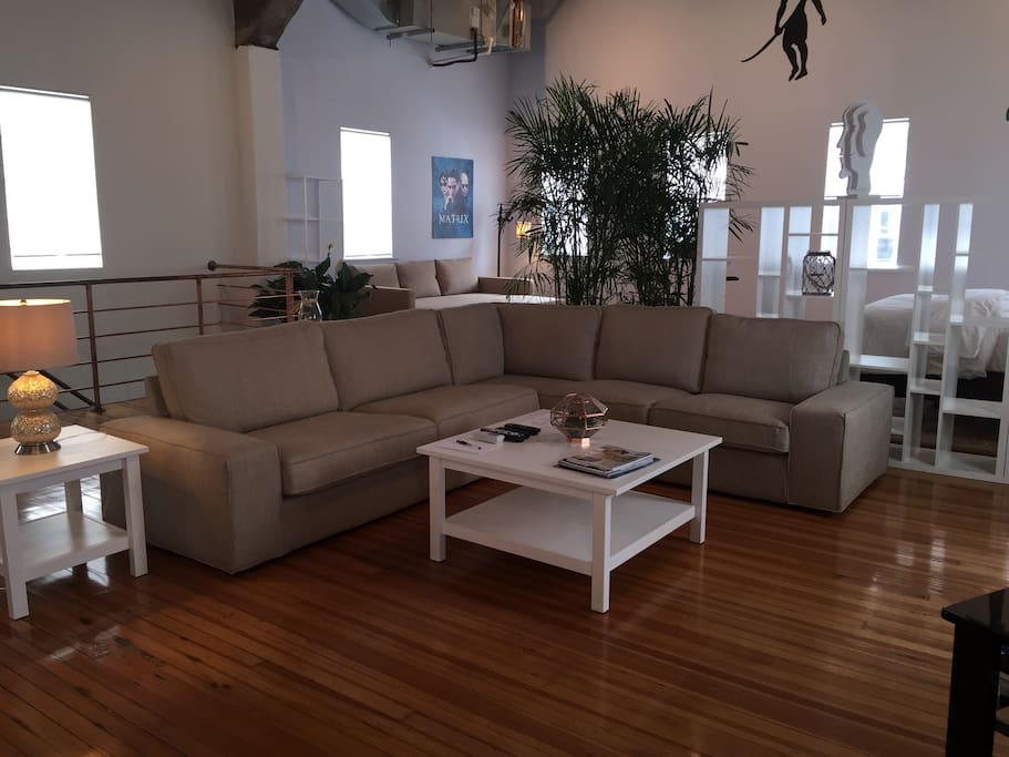 Thus wonderful loft style layout was professionally designed loft and has brand new furniture.