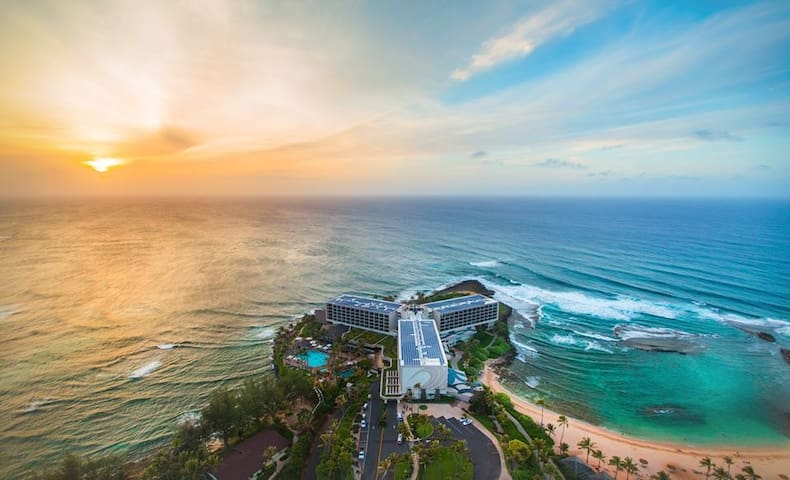 Luxury Turtle Bay Golf Course Condo