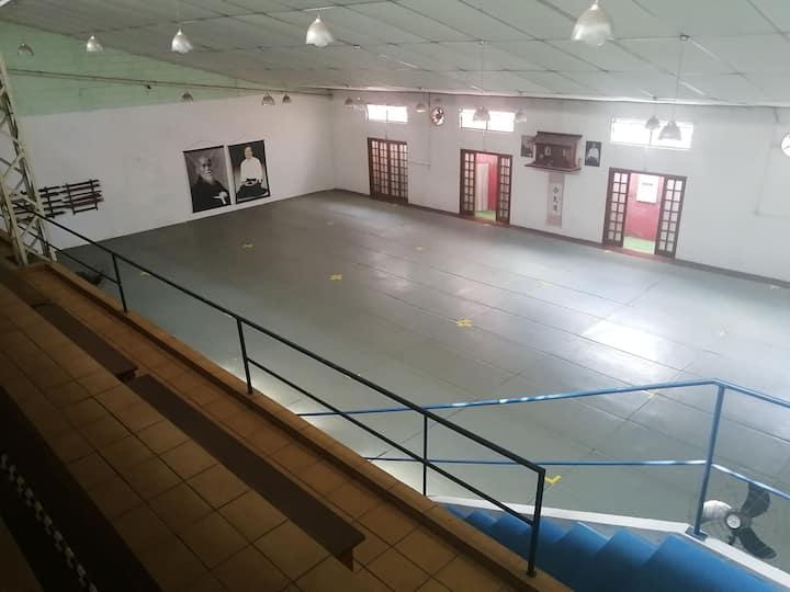 Academia de luta/ espaço para treino e evento