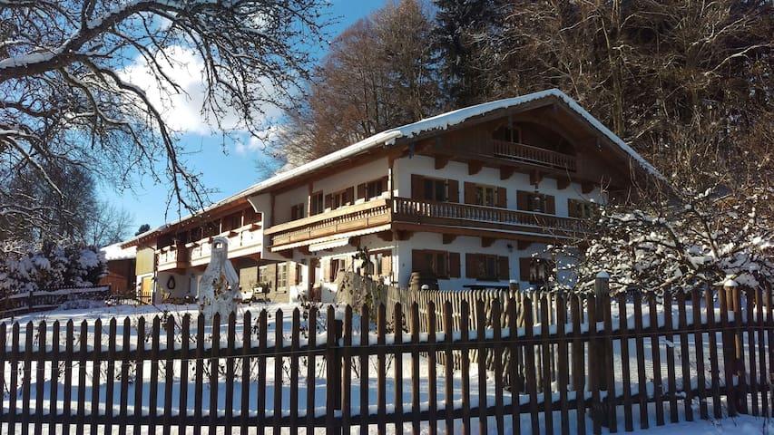 Auszeit Ferienhaus 4 Schlafzimmer - Warngau - Casa
