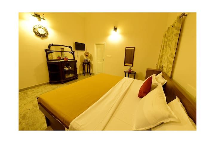 Beautiful Homestay in Chikmagalur Europa Gold