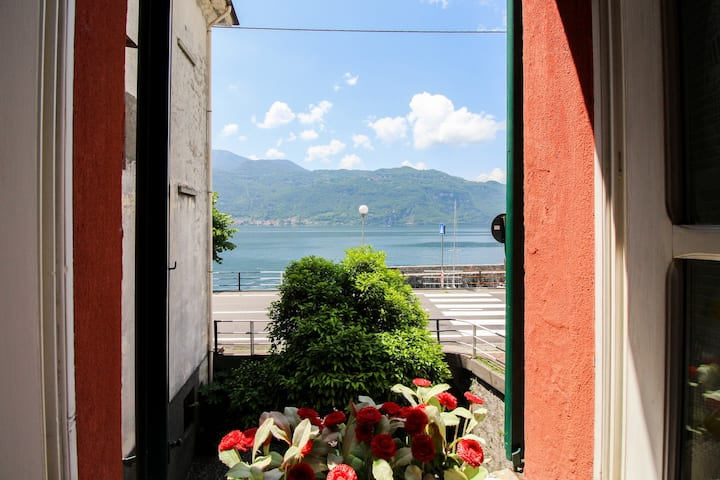 Mandello del Lario home w/ balcony & views of Lake Como - 50 feet to the water!