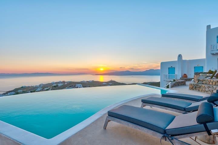 Adella Villa Mykonos. Chic & Trendy Mykonos!