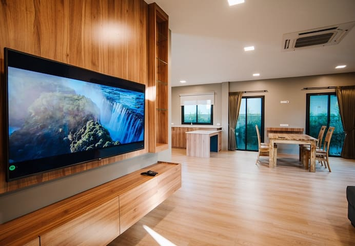 Brand new premium villa with mountain view