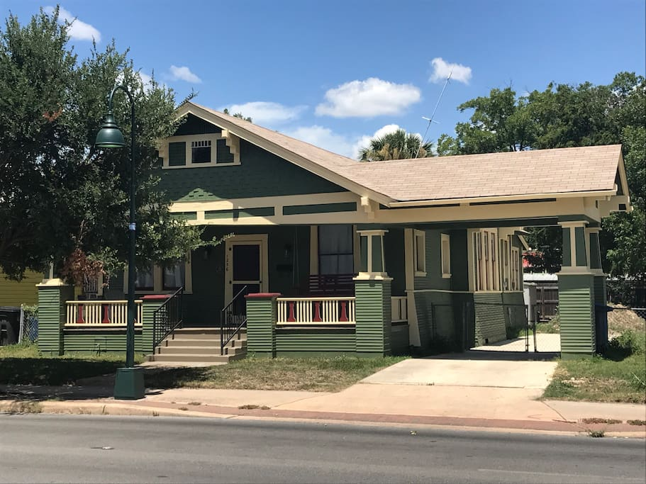 Beautifully remodeled southtown home huizen te huur in san antonio texas verenigde staten - Redone slaapkamer ...