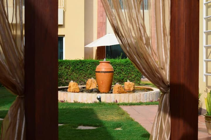 Just Relax 4 bedroom villas with daily cleaning