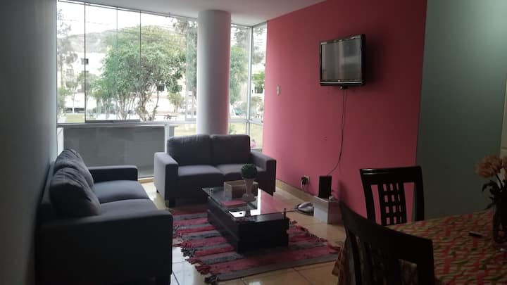 Pretty 2 bedroom 2 bath apartment front of park