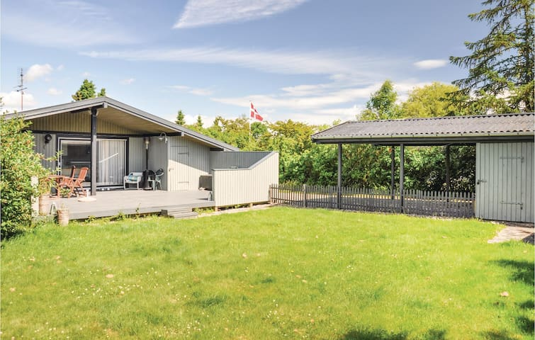 Holiday cottage with 3 bedrooms on 76m² in Svendborg
