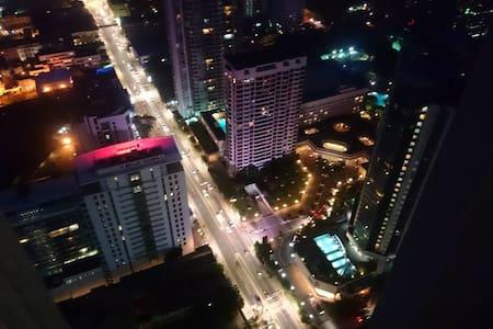 Sea View Luxury Monarch Apt - 5* Hotel Complex - Коломбо - Квартира