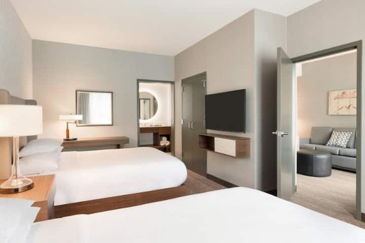 Superb Suite Two Double Beds At Sandy