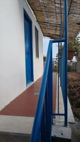 entrata e balcone