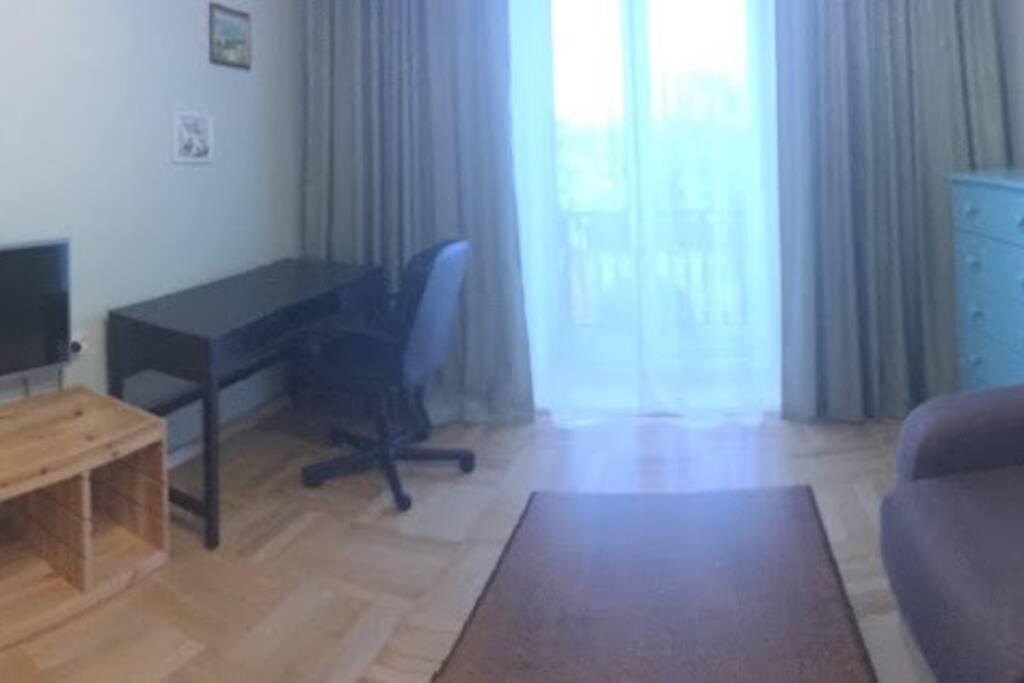 Living room with sofa/ Гостиная с диваном