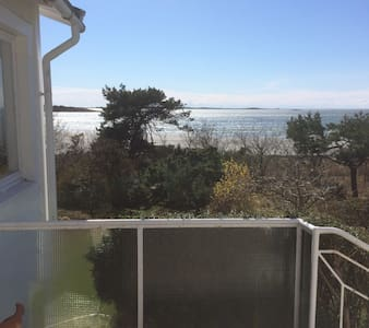 Privat boende vid strandkanten - Varberg V - Cabin