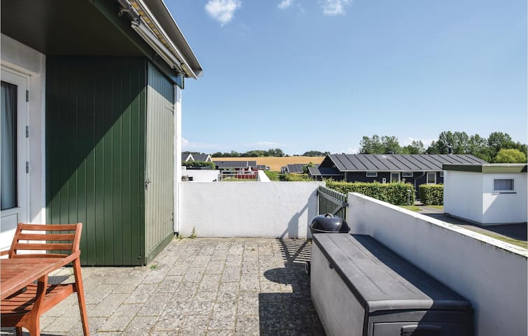 Terraced house with 1 bedroom on 40m² in Tranekær