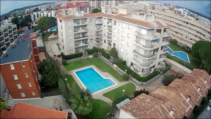 Pool&garden, terrace, wifi, 200mts to beach, relax