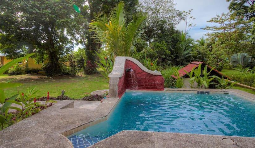 Casa Oasis - Puerto Viejo de Talamanca - Hus