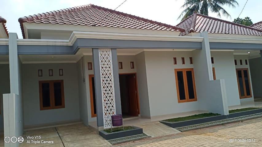 bonang residence 182