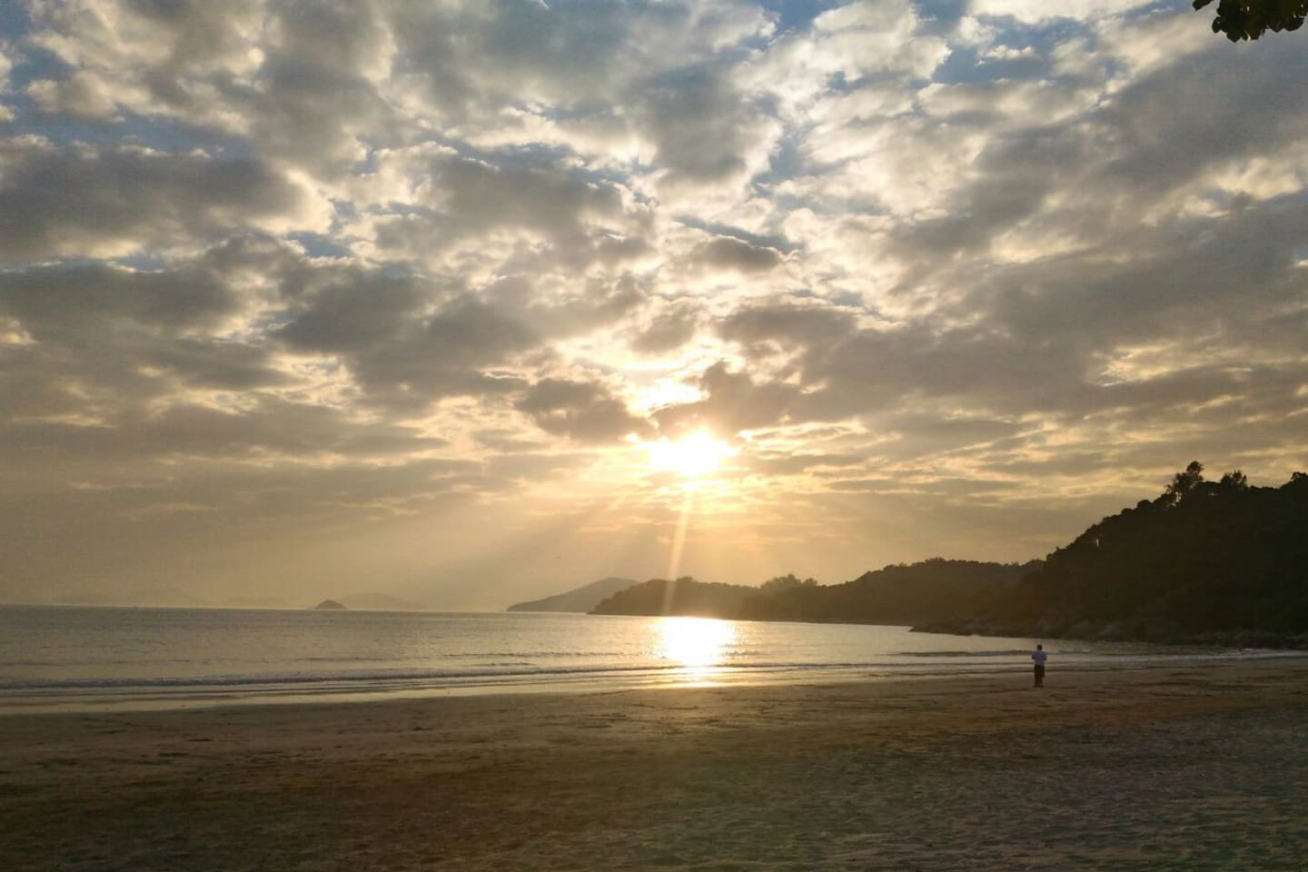 Pui O Beach, just 5 min. walk from the house