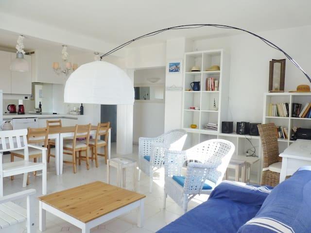 Sunny appartment, ideally located - La Croix-Valmer