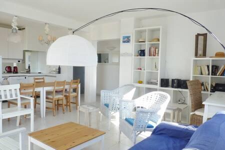 Sunny appartment, ideally located - La Croix-Valmer - Departamento