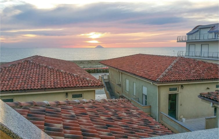 Holiday apartment with 2 bedrooms on 48m² in San Ferdinando RC